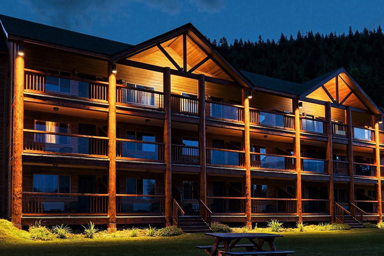 Kootenay Lakeview Resort